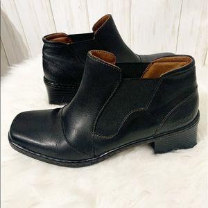 Josef Seibel Chelsea Ankle Booties size 8